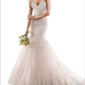 Stunning Maggie Sottero Marianne Wedding dress